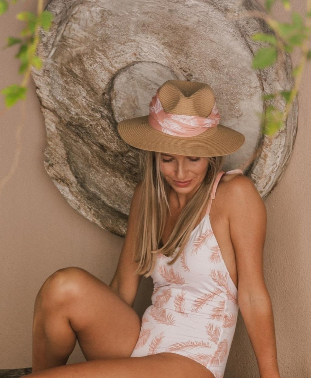 ROS Lisbon - Fita cabelo/chapéu em Ploma 2